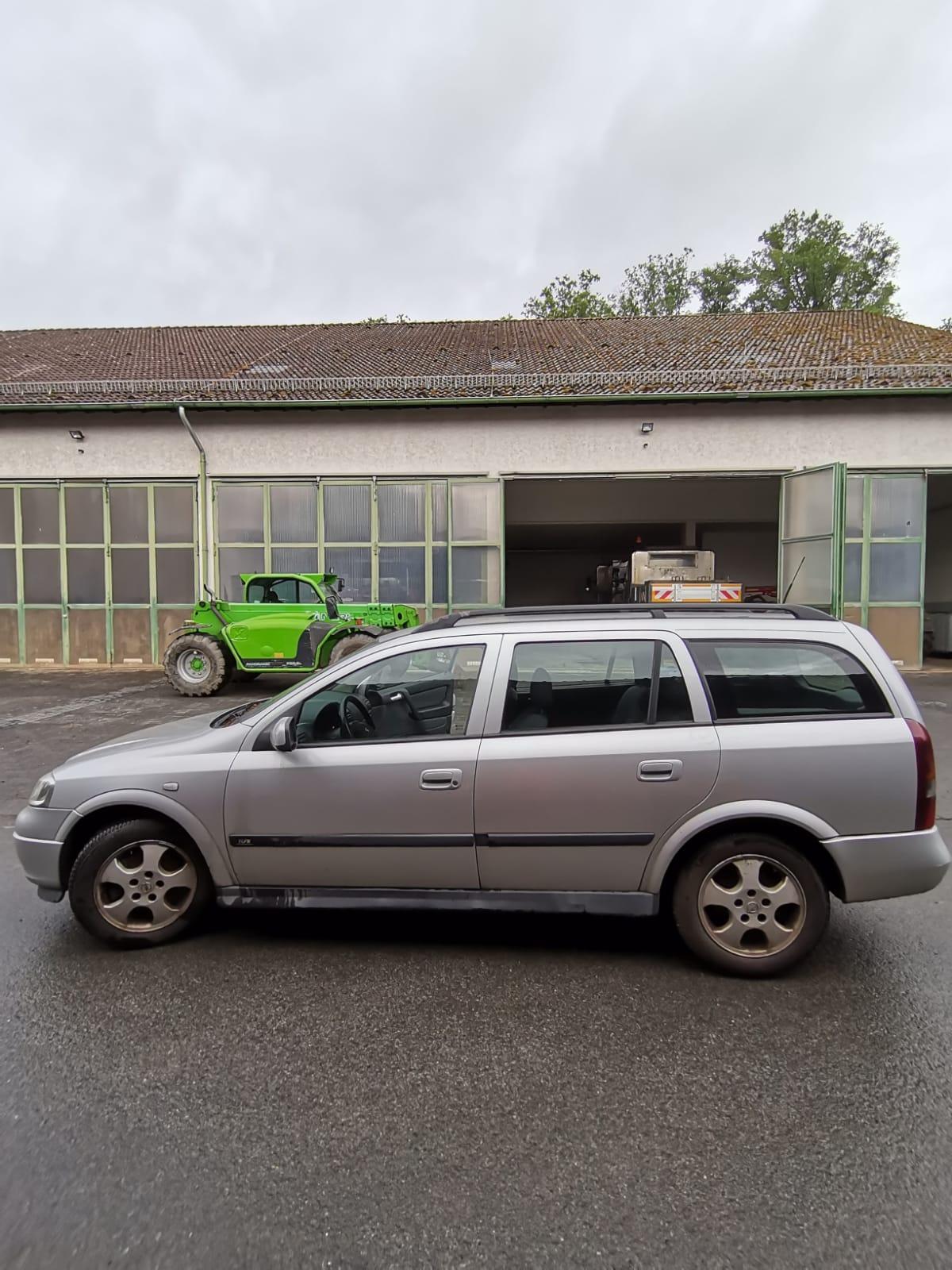 Opel Astra (Außenansicht)